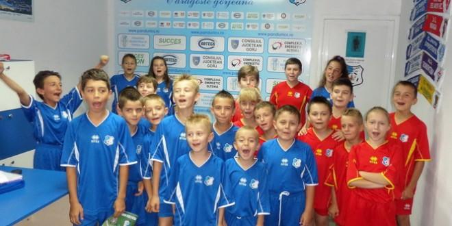 """Continuă înscrierile pentru programul """"Pandurii player escort"""" pentru meciul cu FC Viitorul"""