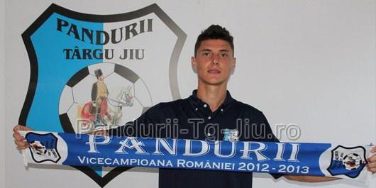 Fundaşul Cătălin Pîrvulescu a semnat un contract pe un sezon cu Pandurii Târgu Jiu
