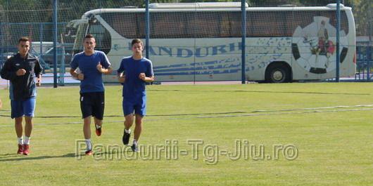 """Tinerii noştri jucători convocaţi la lotul under 19: """"Reprezentăm cu mândrie Pandurii Târgu Jiu la lotul naţional !"""""""