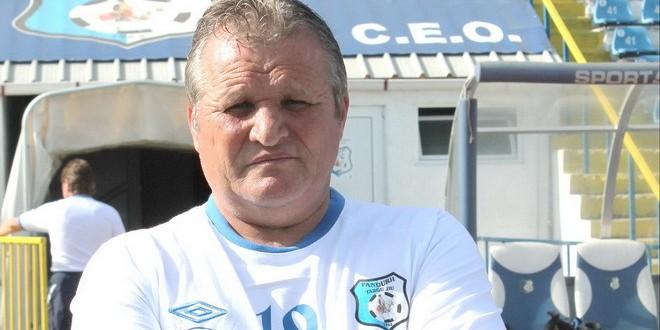 Constantin Frimu va da lovitura de începere la meciul dintre Pandurii Târgu Jiu şi Petrolul Ploieşti