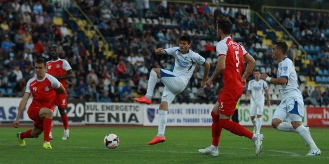 Pandurii Târgu Jiu a învins Oţelul Galaţi, scor 4-0, şi a reuşit prima victorie pe teren propriu din acest sezon