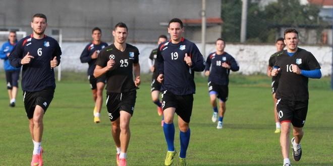 Jucătorii echipei Pandurii au reluat azi pregătirea pentru meciul cu Dinamo din etapa a XII-a  a Ligii I
