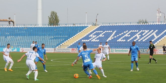 Meci amical: CSU Craiova – Pandurii Târgu Jiu 3-0