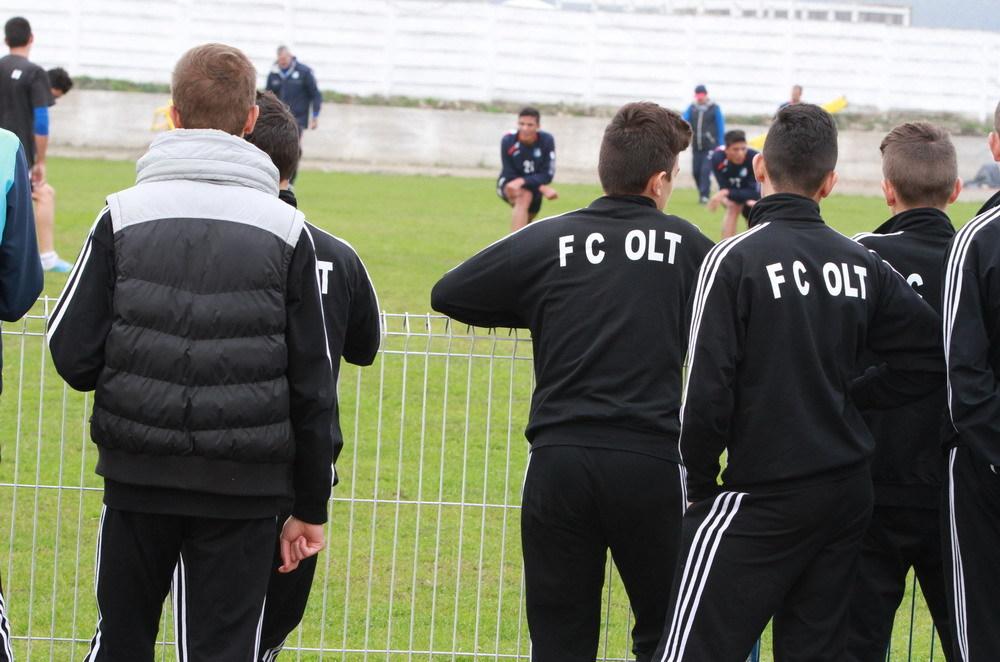 FC OLT