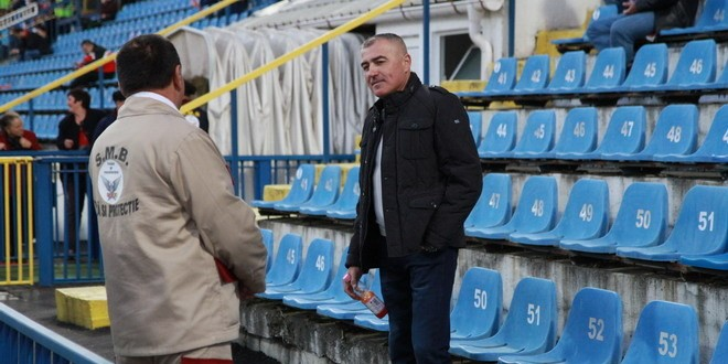 Antrenorul Petre Grigoraş a condus echipa din tribună şi la meciul cu ASA Târgu Mureş