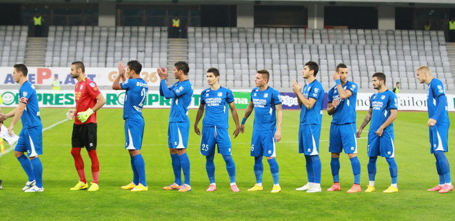 Pandurii Târgu Jiu are trei jucători integralişti în lot după primele zece etape din Liga I: Momcilovic, Elton şi Stanca