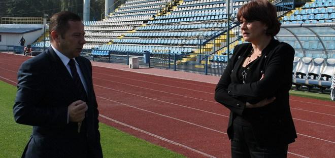 Declaraţii ale secretarului de stat în Ministerul Tineretului şi Sportului, Carmen Tocală, cu ocazia vizitei la Târgu Jiu