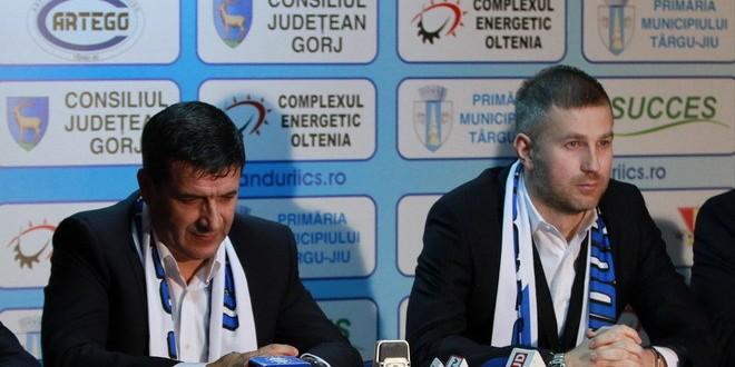 PANDURII TV / CONFERINŢA DE PRESĂ A ANTRENORULUI EDI IORDĂNESCU  16.12.2014