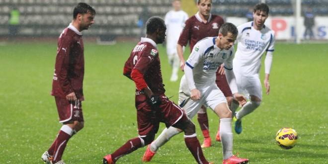 Pandurii Târgu Jiu a încheiat turul cu o victorie în meciul cu Rapid, scor 2-0