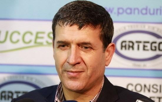 """PANDURII TV / Eugen Pîrvulescu: """"Sunt sigur că echipa va reuşi în scurt timp să iasă din zona minată a clasamentului!"""""""