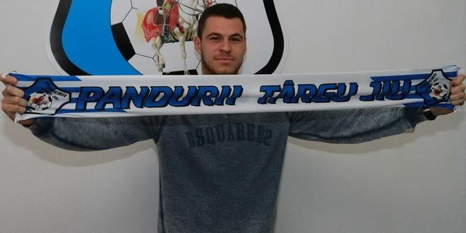 TRANSFER / Nikola Vasiljevic este pandur !