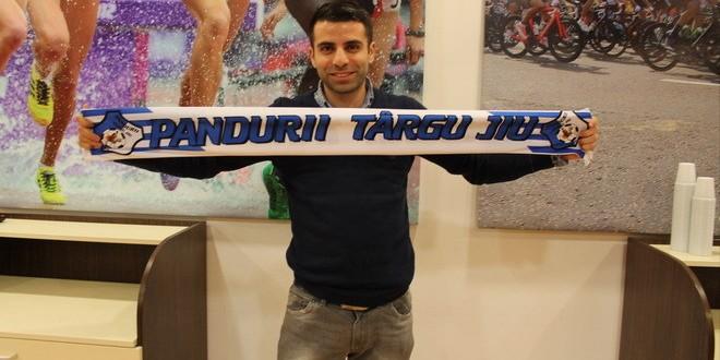 ACHIZIŢIE / Pandurii Târgu Jiu a semnat un contract pe doi ani şi jumătate cu Constantin Grecu !