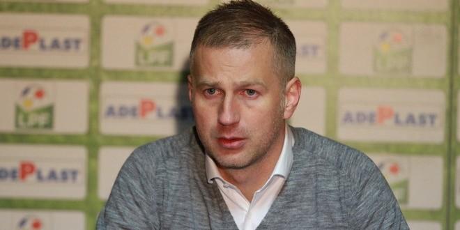 """Edi Iordănescu: """"Încerc să le insuflu jucătorilor încredere, curaj, personalitate şi să ţintim sus !"""""""