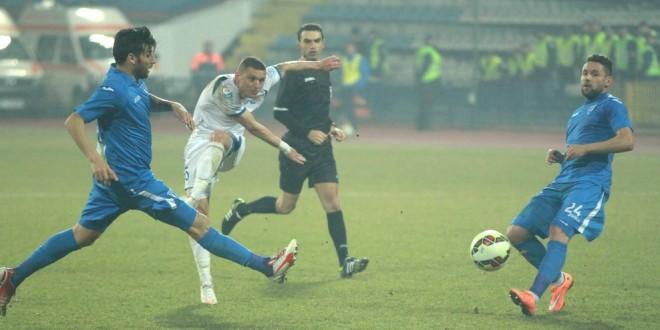 Opinia presei: Penalty clar la intervenţia lui Băluţă asupra lui Nicoară !