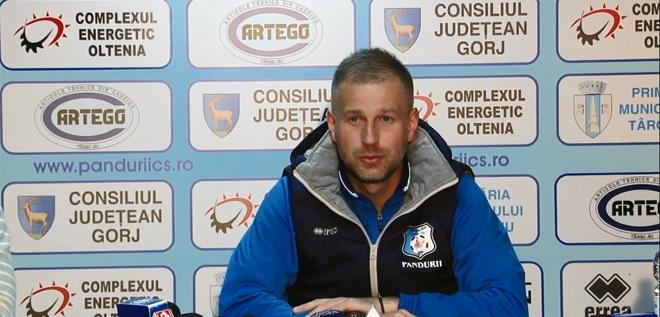 Pandurii TV / Conferință de presă Edi Iordănescu, 13 februarie 2015