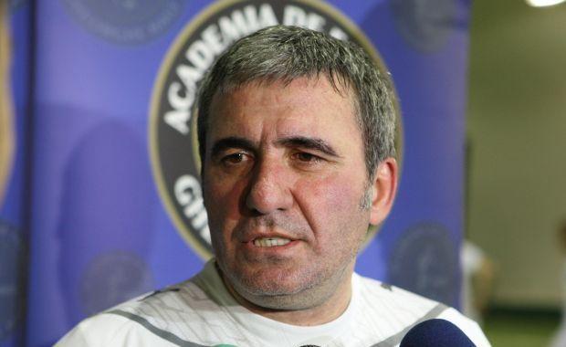 """Clubul Pandurii Târgu Jiu îi urează un călduros la mulţi ani """"Regelui"""" Gheorghe Hagi !"""