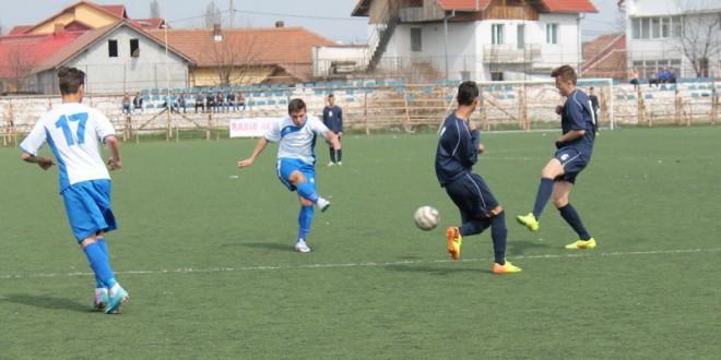 Juniorii A s-au impus la CFR Romgaz Craiova, scor 1-0, Juniorii B au remizat, scor 0-0