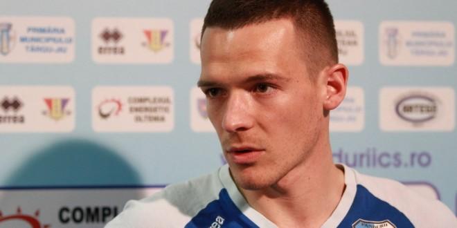"""PANDURII TV / Andrei Cordoş: """"M-am simţit foarte bine de la început la Pandurii, sunt mândru că fac parte din această echipă !"""""""