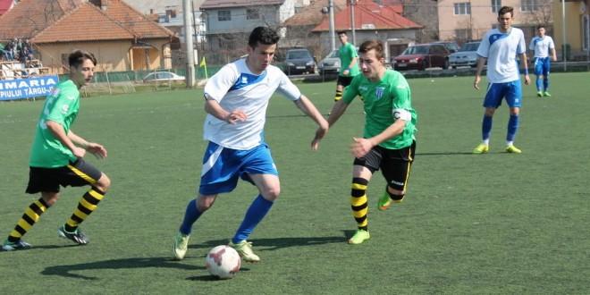 Victorie categorică pentru juniorii A în derby-ul cu CS U Craiova ! Pandurii Târgu Jiu e lider !