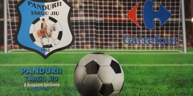 Pandurii Târgu Jiu inaugurează vineri magazinul oficial al clubului în Carrefour Târgu Jiu din incinta Shopping City