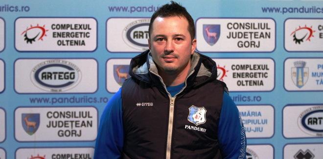 Staff-ul medical s-a întărit cu Iulian Mircea, un fizioterapeut cu un CV excelent