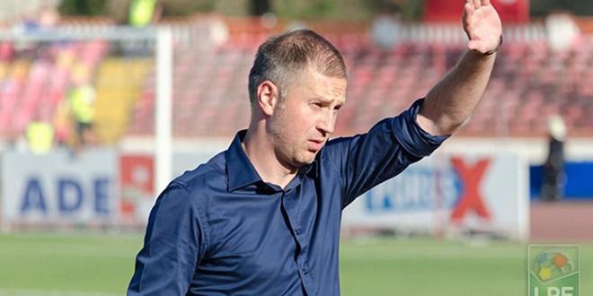 """Edward Iordănescu: """"Băieţii au dat tot ce au avut mai bun pentru ca Pandurii să fie în fruntea fotbalului românesc, să facă suporterii fericiţi şi cinste oraşului!"""""""