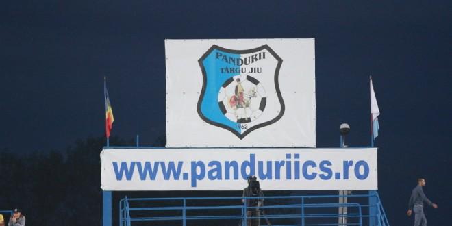 ANUNŢ / Clubul Pandurii Lignitul Târgu Jiu angajează contabil cu experienţă