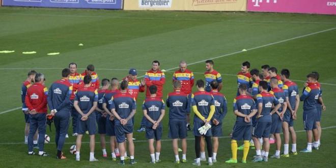 Trei jucători ai echipei Pandurii Târgu Jiu au fost convocaţi de selecţionerul Anghel Iordănescu la echipa naţională