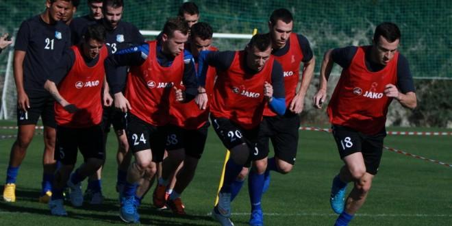 Jucătorii echipei Pandurii Târgu Jiu vor reveni în această după-amiază la antrenamente
