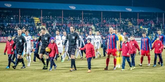 Pandurii Târgu Jiu a debutat cu dreptul în noul an şi a reuşit prima victorie pe terenul de la Târgu Mureş