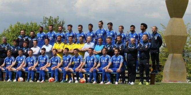 Jucătorii echipei Pandurii au luat parte azi la o şedinţă foto pentru a marca finalul de sezon