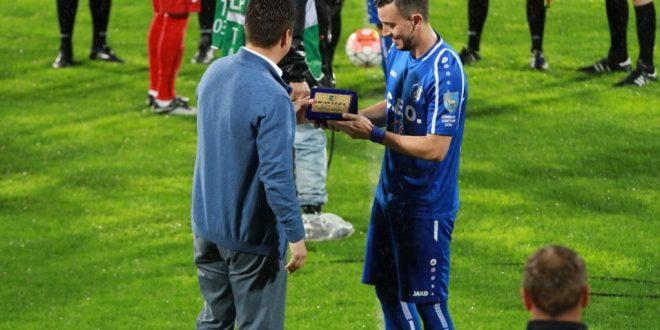 FOTO / Ioan Hora a primit placheta de golgheter all-time al echipei Pandurii în prima ligă