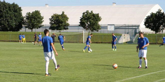 Pandurii Târgu Jiu a remizat cu NK Osijek, scor 0-0, la  primul meci amical din cantonamentul de la Maribor