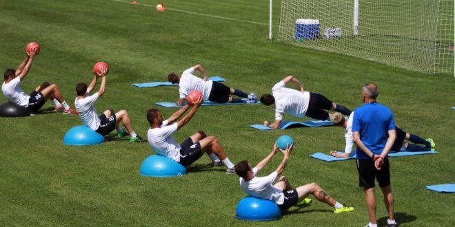 Jucătorii echipei Pandurii revin azi la Târgu Jiu pentru reluarea antrenamentelor