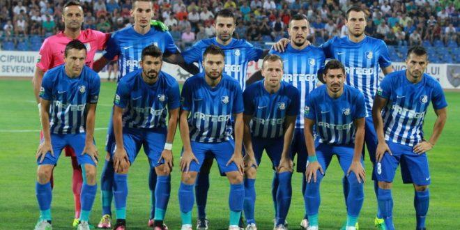 Delegaţia echipei Pandurii Târgu Jiu se va deplasa în această seară în Israel pentru meciul retur cu Maccabi Tel Aviv