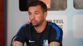 """PANDURII TV / LUCIAN SÂNMĂRTEAN: """"""""Încercăm să ne îmbunătăţim jocul şi să obţinem rezultate bune, fiecare meci îl jucăm la trei puncte"""""""