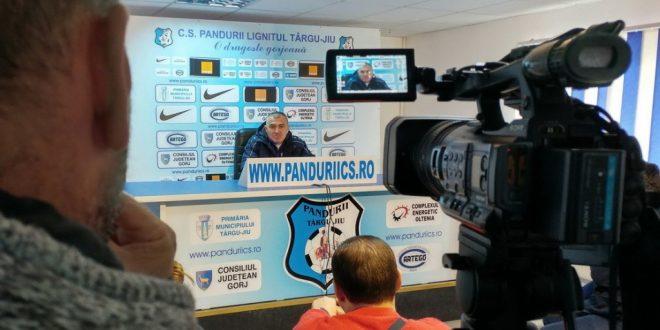 PANDURII TV / CONFERINŢA DE PRESĂ A ANTRENORULUI PETRE GRIGORAŞ 20.10.2016