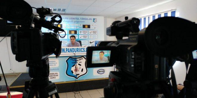 PANDURII TV / CONFERINŢĂ DE PRESĂ A PREŞEDINTELUI NARCIS RĂDUCAN 20.10.2016