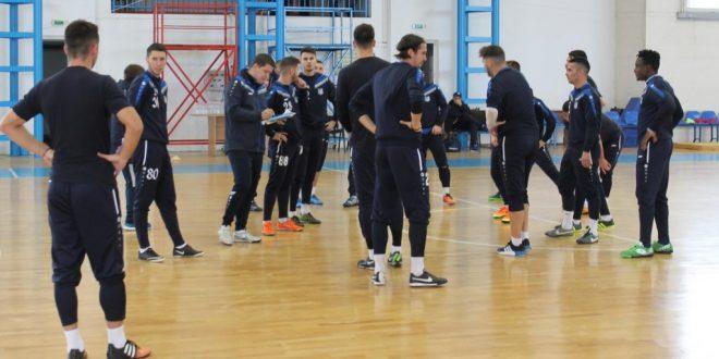 Antrenorul Flavius Stoican a condus astăzi primul antrenament al echipei Pandurii Târgu Jiu