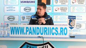 PANDURII TV / CONFERINŢA DE PRESĂ SĂPTĂMÂNALĂ A ANTRENORULUI FLAVIUS STOICAN 09.03 2017