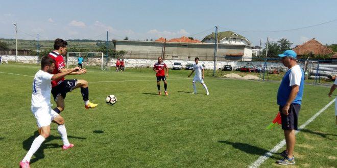 Pandurii Târgu Jiu  s-a impus cu scorul de 5-1 în primul amical din perioada de pregătire a noului sezon