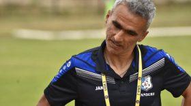 """Adrian Iencsi: """"Sper ca plecarea mea să schimbe ceva la echipă, în special la jocul băieților"""""""