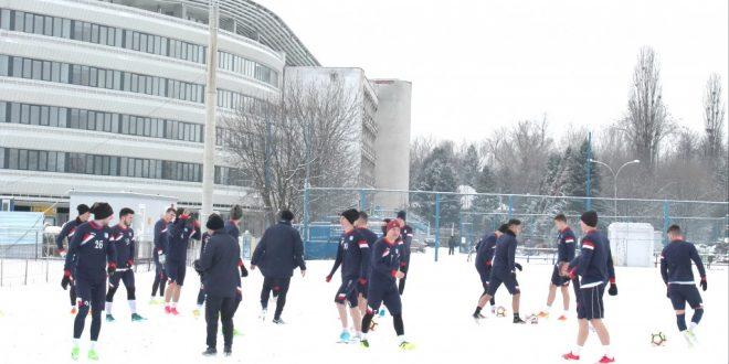 Pandurii Târgu Jiu va susţine un cantonament de pregătire de zece zile în perioada 24 ianuarie – 3 februarie