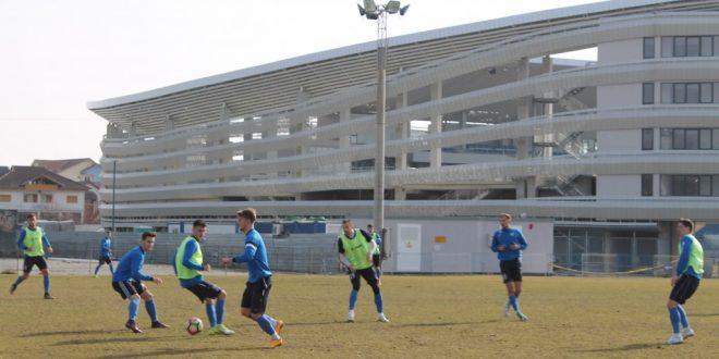 MECI AMICAL / Pandurii Târgu Jiu va disputa azi un meci  amical cu Internaţional Băleşti
