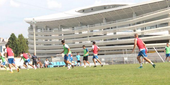 Pandurii Târgu Jiu va juca mâine un meci amical cu CS Novaci pe terenul de la Târgu Jiu