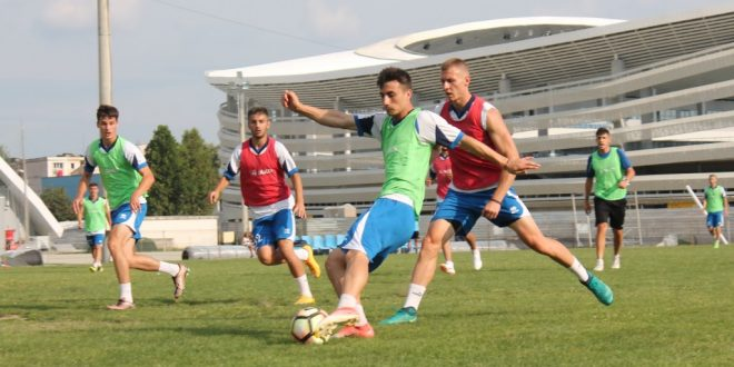Pandurii Târgu Jiu  se va deplasa miercuri la Mioveni pentru primul meci amical din perioada cantonamentului de vară