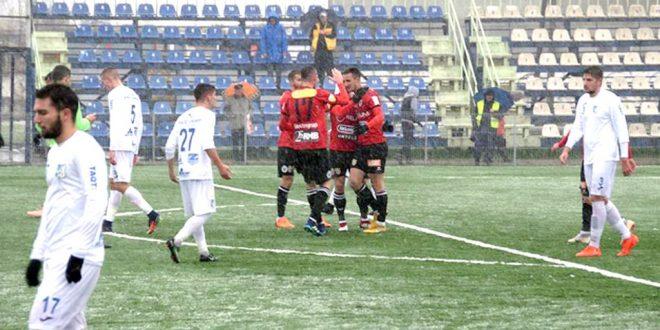 Pandurii Târgu Jiu a pierdut meciul disputat pe teren propriu cu Universitatea Cluj din ultima etapă a turului
