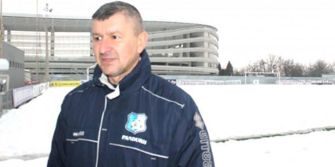 """Adrian Bogoi: """"Am început pregătirea în mare parte cu acelaşi lot din turul campionatului"""""""