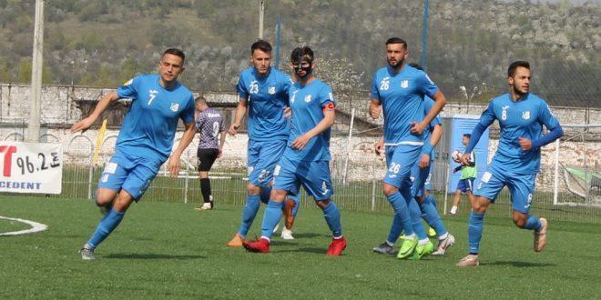 Pandurii Târgu Jiu va întâlni vineri, de la ora 11:00, pe CS Baloteşti, în  etapa a 32-a a Ligii a doua
