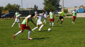 MECI AMICAL / Pandurii Târgu Jiu s-a impus cu scorul de 3-0 în meciul amical cu Internaţional Băleşti